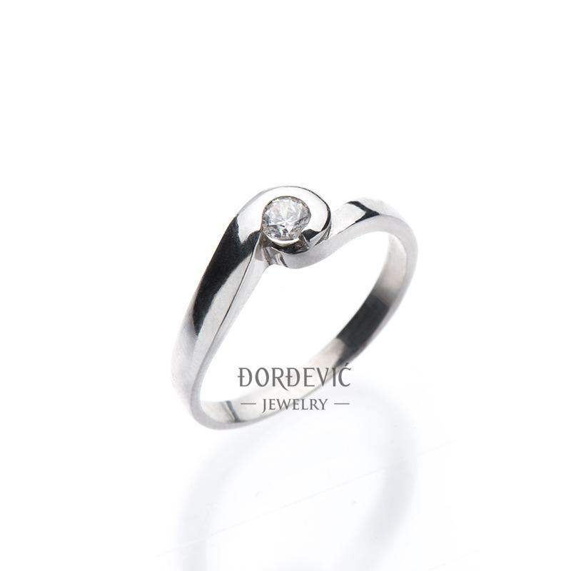 verenićki prsten od belog zlata (Beograd, Srbija)